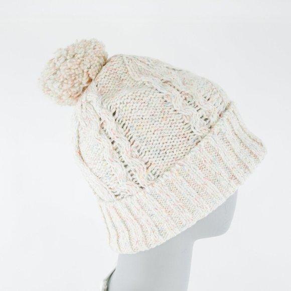 *NWT* Chunk Cable Knit Pom Pom Hat